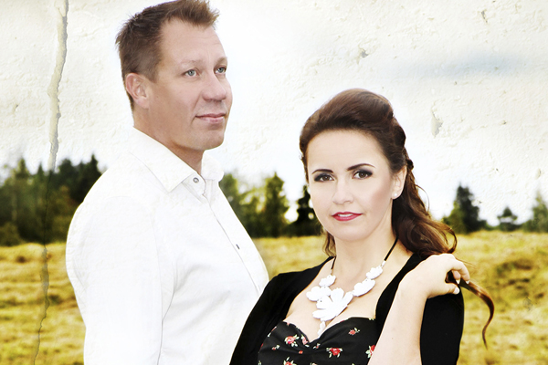 Johanna Debreczeni, Jouni keronen, Uittamo, tanssit, Turku